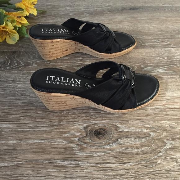 5b3e211afbc6 Italian Shoemakers Trixie Wedge Sandal New